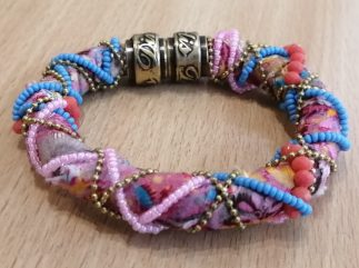 Bracelet-tissus-louise d'or-Digne les Bains-Dimitriadis
