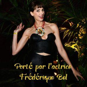Photo Mouchkine avec Frédérique Bel traitée